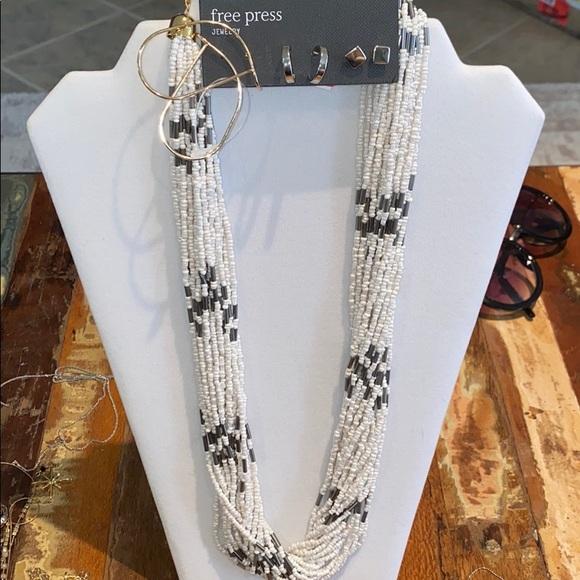 Free Press Necklace & Earrings Bundle- NWT